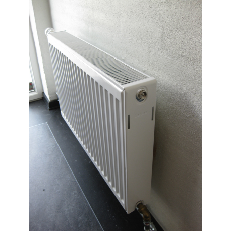RADIATOR Type 22. 300 X 2500mm.